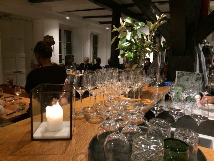 Book bord på, New Nordic Cuisine, Restaurant, Wilhelm, Nikolajgade 18, 1068 København K
